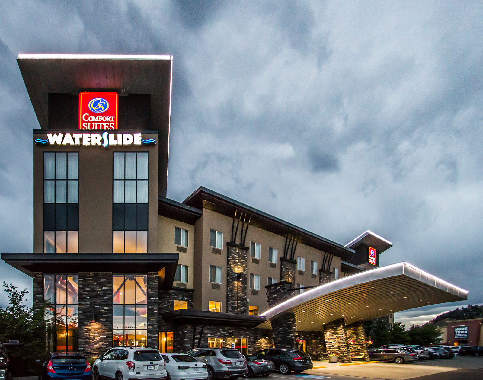 Comfort Suites Kelowna has been named as one of the top Choice hotels in Canada for hospitality and service